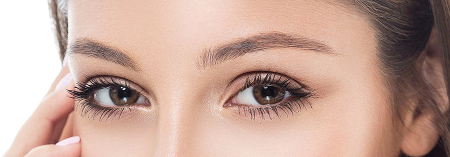 Beautiful eyebrows after micro blading