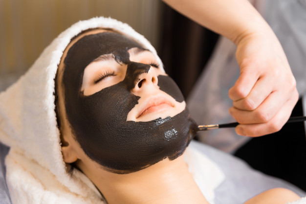 facial peels for acne